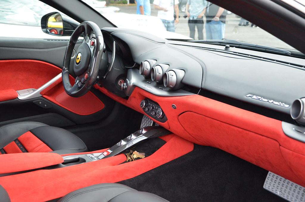 Ferrari 2013 berlinetta interior