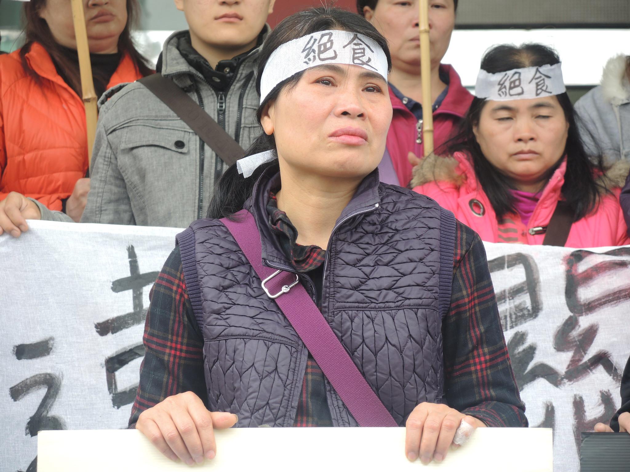 絕食工人之一羅逸榛,今年51歲,年資21年。(攝影:曾福全)