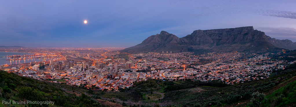 Cape town supermoon here 39 s a panorama of yesterday 39 s for Outdoor photo south africa