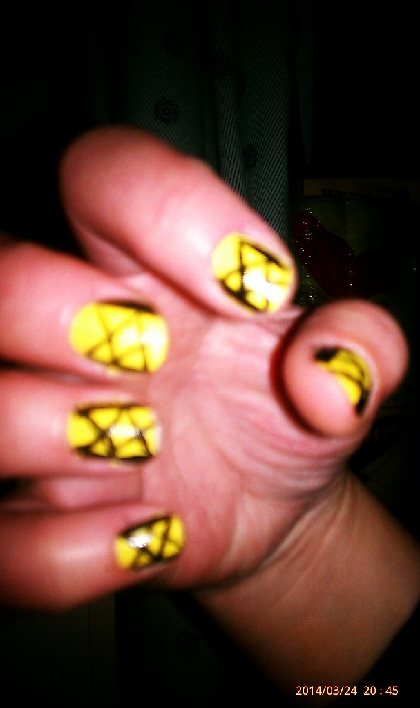 IMAG2345 | Learning how to do my own nails! More bad for a f… | Flickr