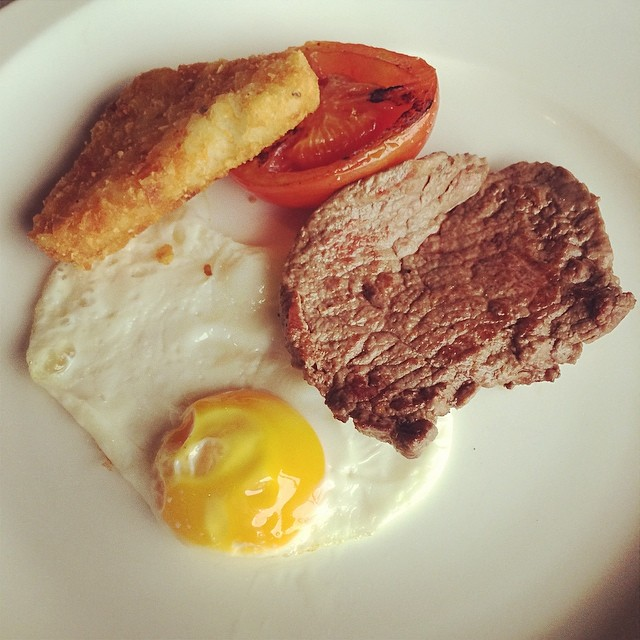 Minute steak, egg, hash brown, grilled tomato - breakfast … | Flickr