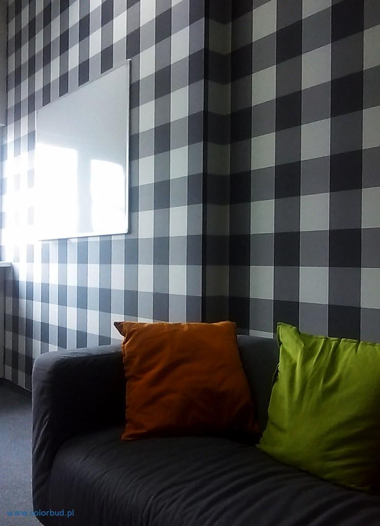 tapetowanie małego pokoju