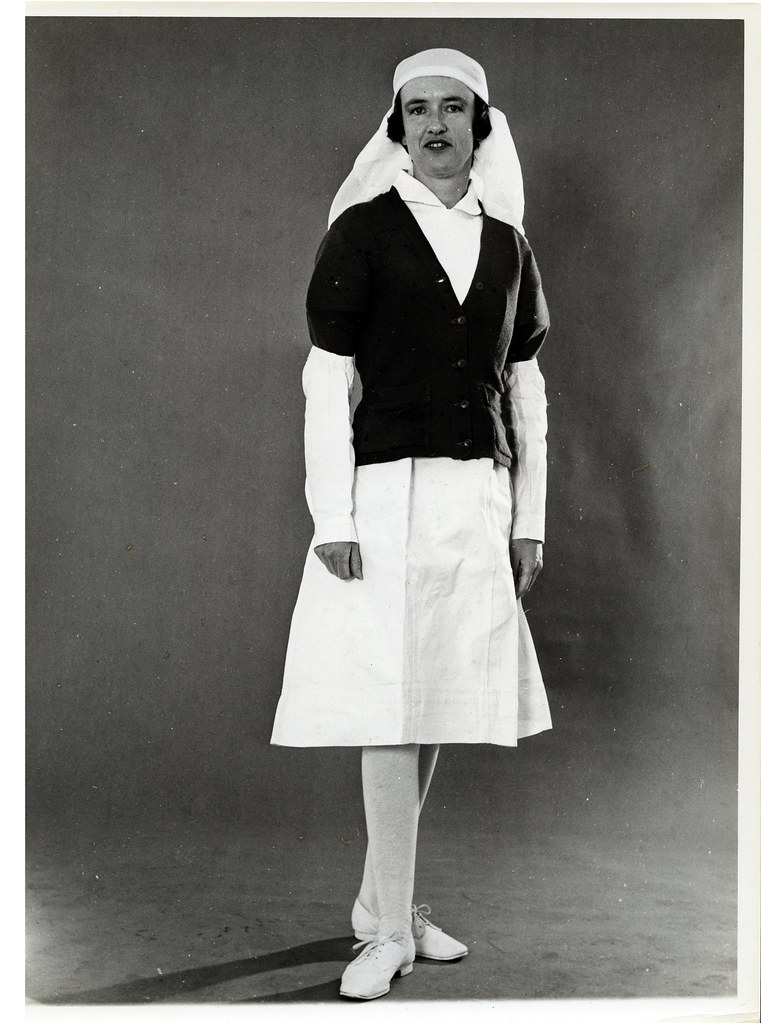 Dental Nurse Fashion 1940s The 1940 S See The
