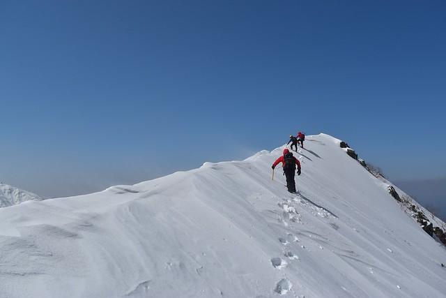中央アルプス・三ノ沢岳のナイフリッジ