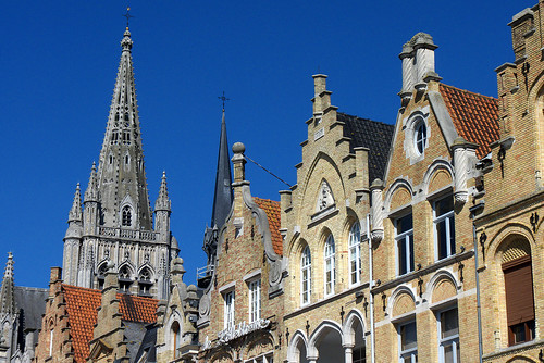 Ypres cath drale st martin et architecture flamande flickr for Architecture flamande