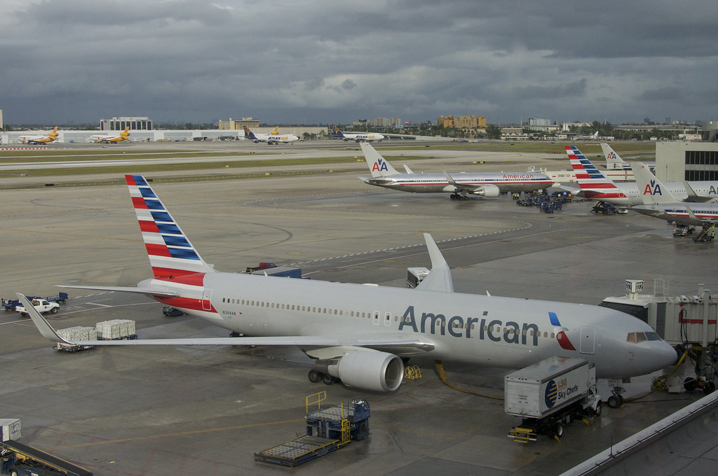 American Airlines Boeing 767-300; N344AN@MIA;27.12.2013/73 ...