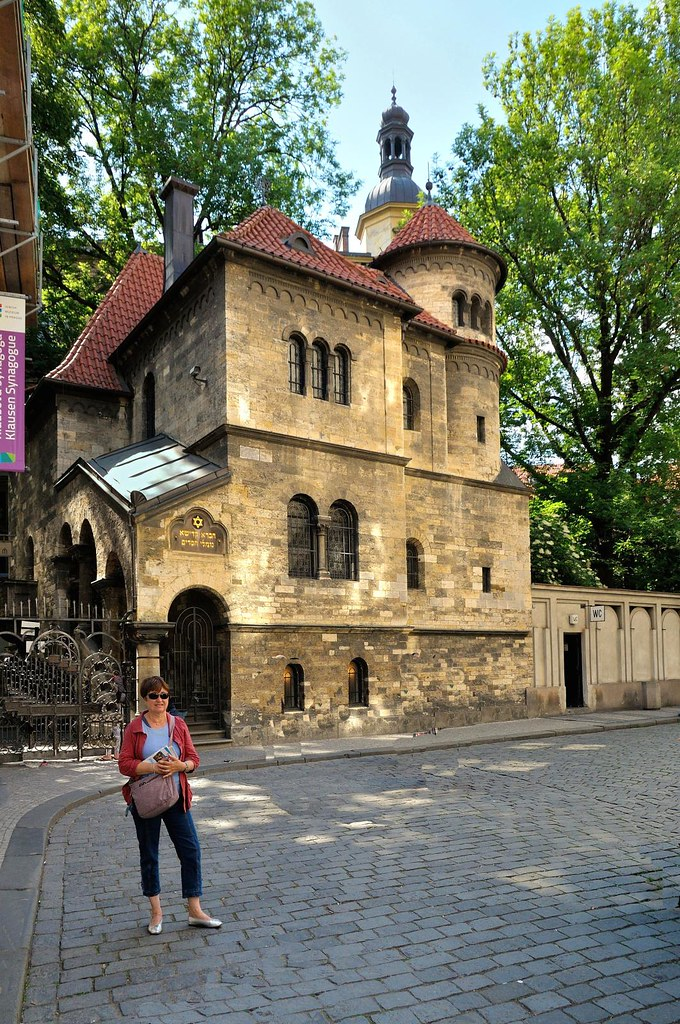 Francois Illas New Tradition: Prague : Klausen Synagogue - 1/2