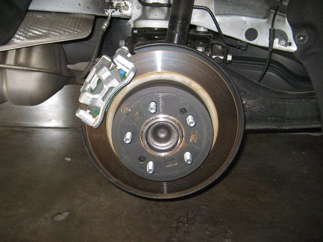 2013 kia optima rear brakes caliper bracket rotor changing pads flickr photo sharing. Black Bedroom Furniture Sets. Home Design Ideas