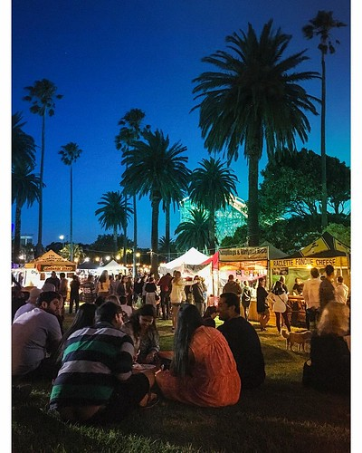 St Kilda Twilight Market | by Looking Glass