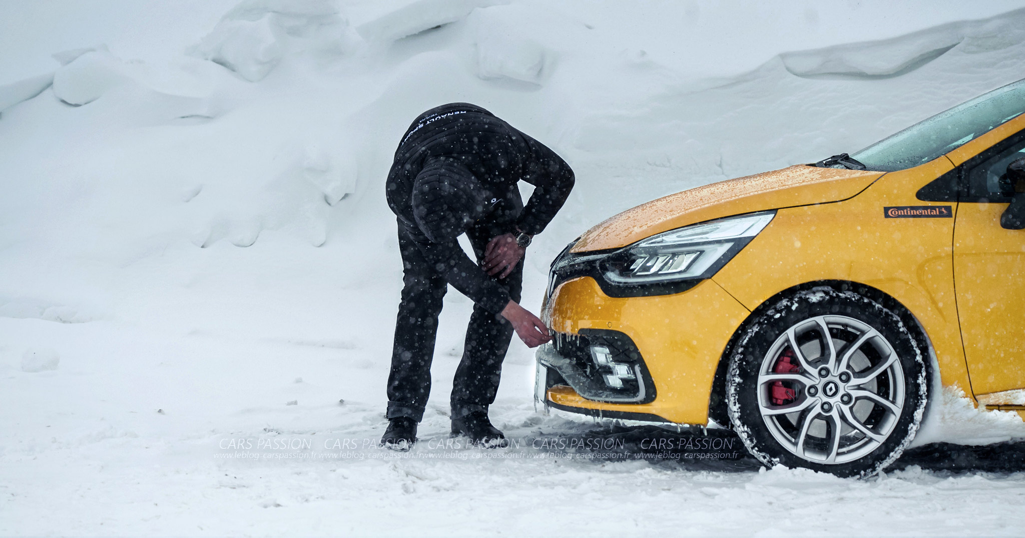 icedriving-renault-sport-clio-rs-trophy (11)