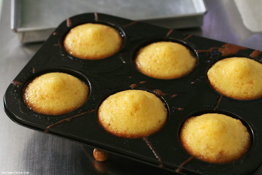 33207448994 7163cdc076 b - Taste Test: Maya Yellow Cake Mix Pineapple Upside Down Cake