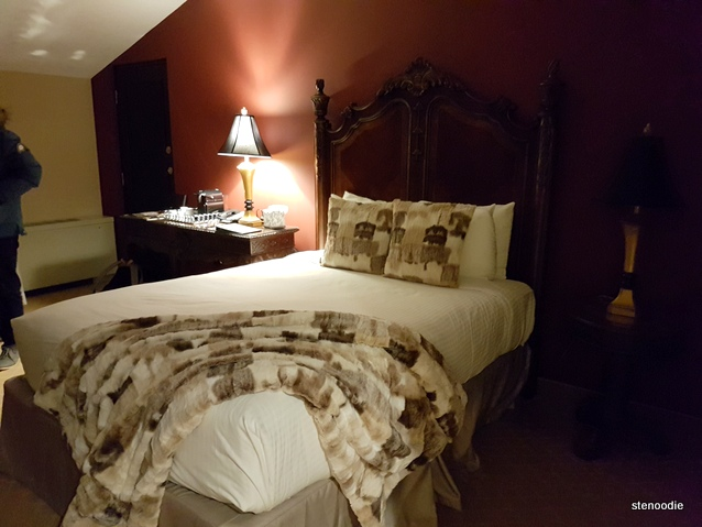 Old Stone Inn Boutique Hotel room