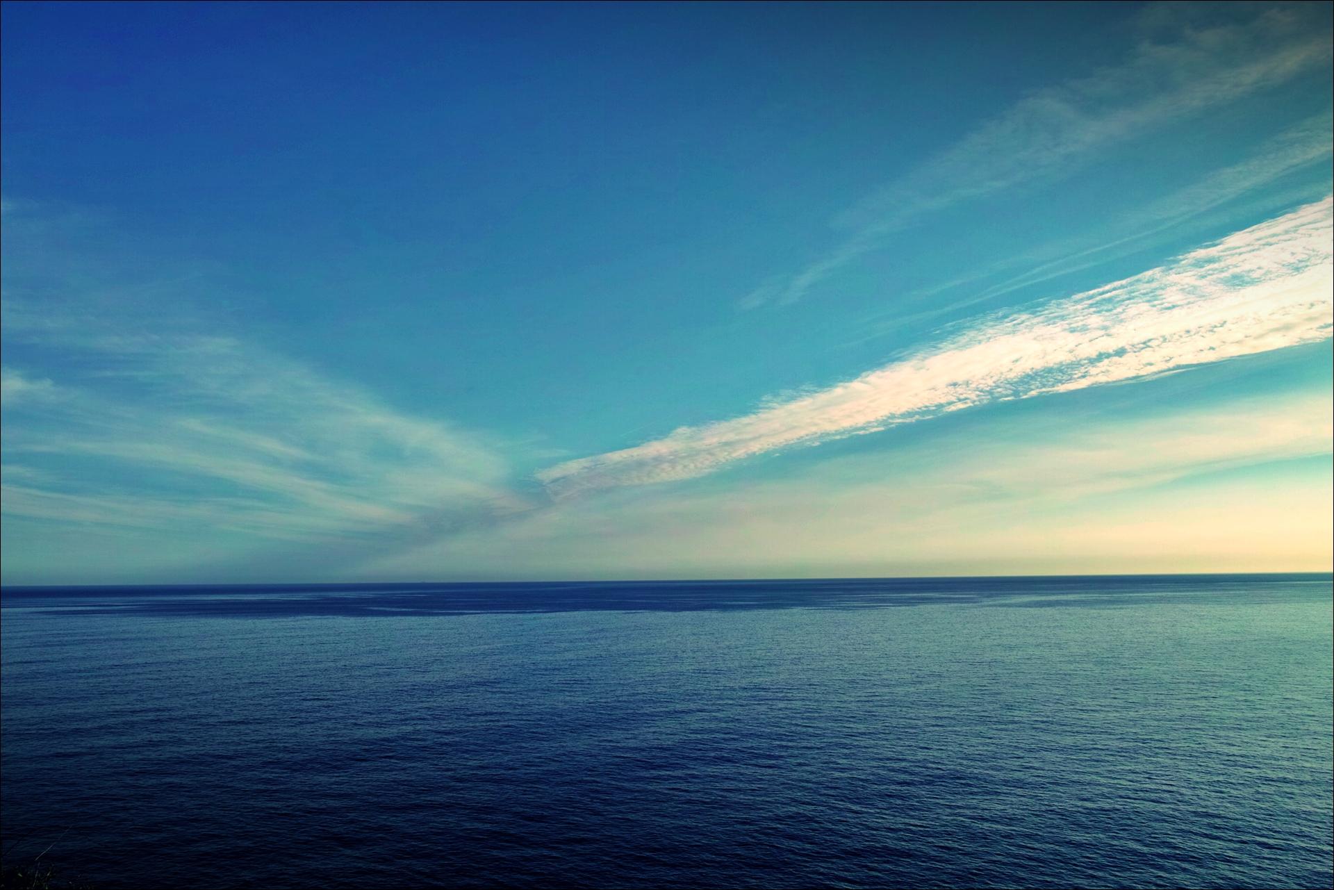 바다, 하늘 그리고 구름-'카미노 데 산티아고 북쪽길. 카스트로 우르디알레스에서 리엔도. (Camino del Norte - Castro Urdiales to Liendo) '