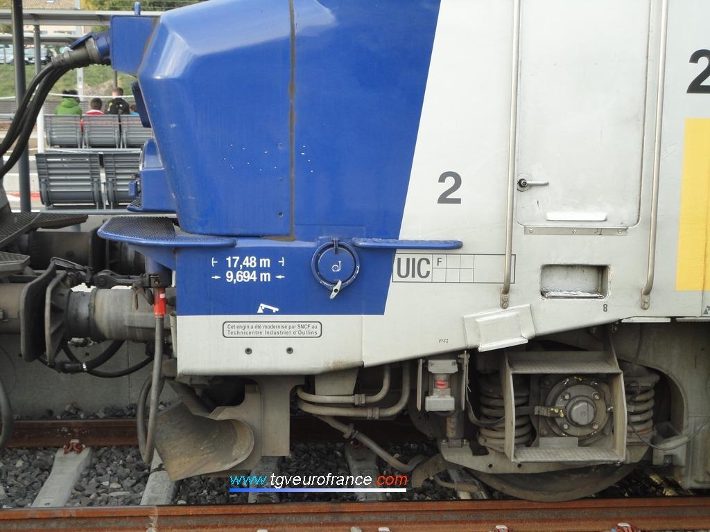 Zoom sur le bogie d'une locomotive électrique BB 22200 Alsthom
