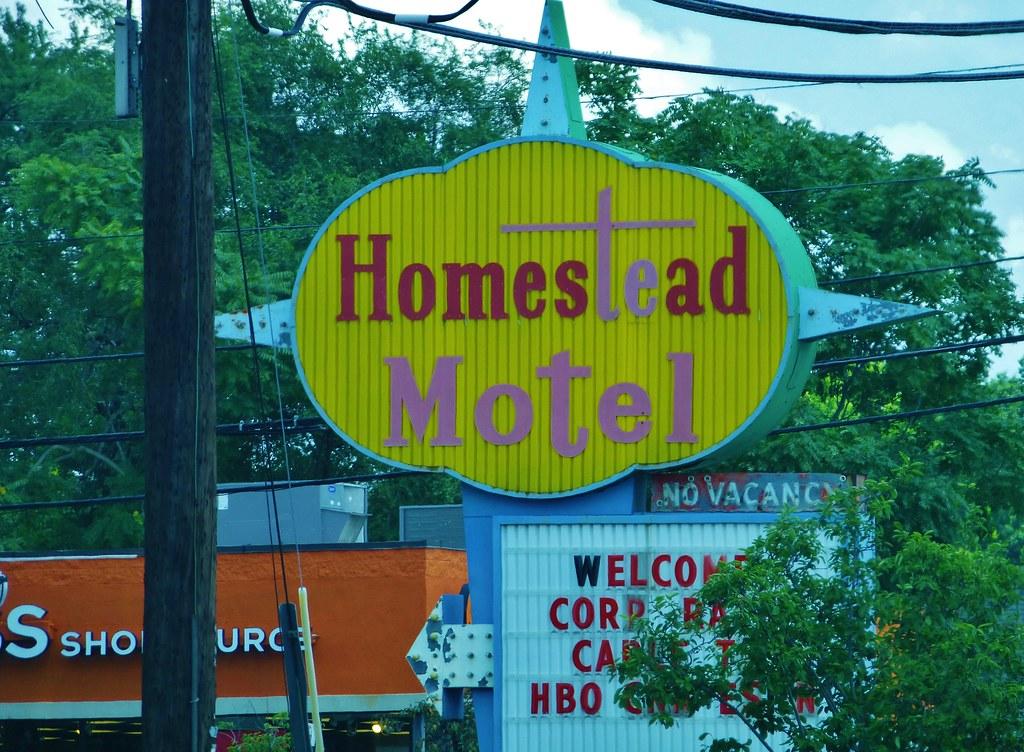 Motel  East Broadway Miboula