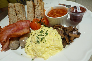 Brunch at Caffe Habitu | by travel oriented
