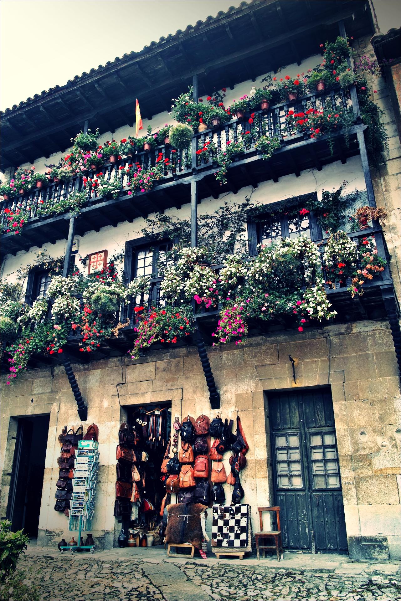 기념품 가게-'산티야나 델 마르(Santillana del Mar, Spain)'