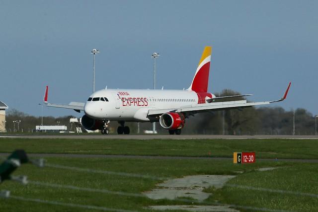 Iberia Express landing.