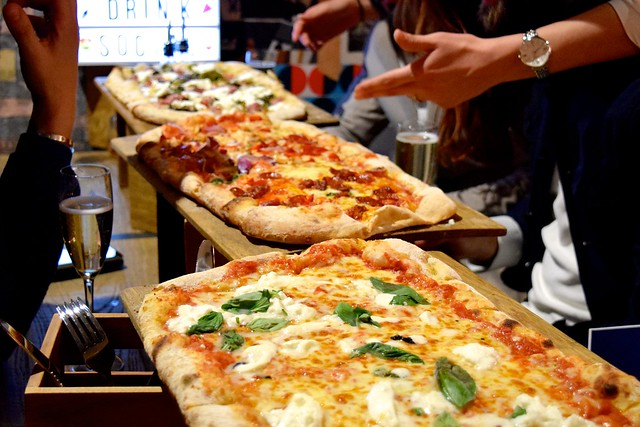 Half Metre Pizza at Firezza | www.rachelphipps.com @rachelphipps
