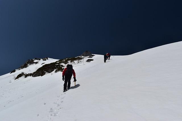 三ノ沢岳 雪の急登