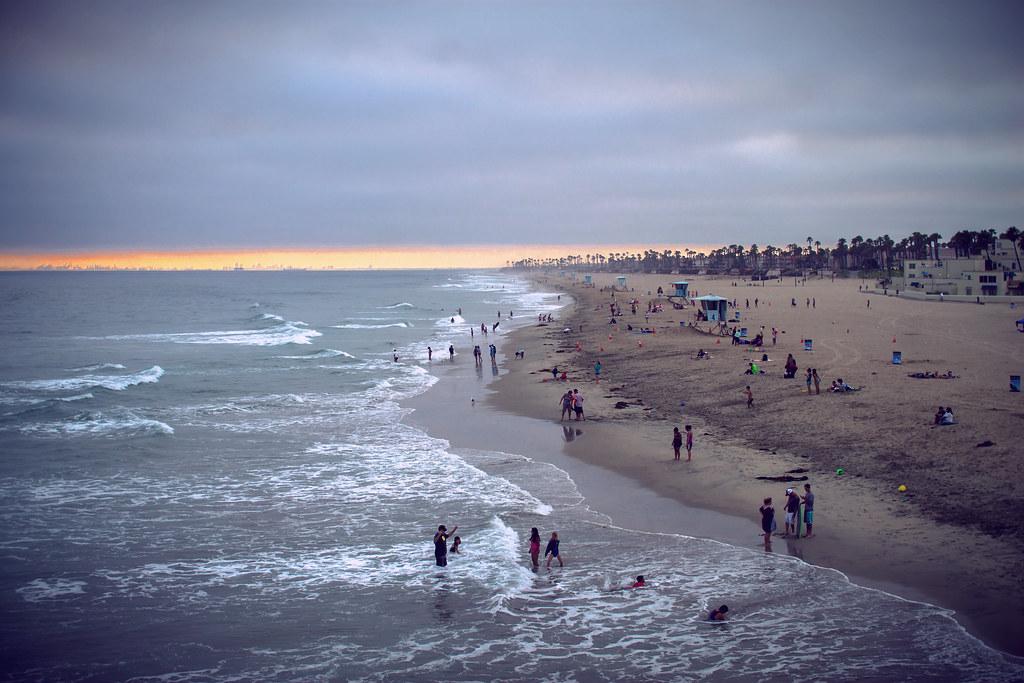Weather Huntington Beach California April