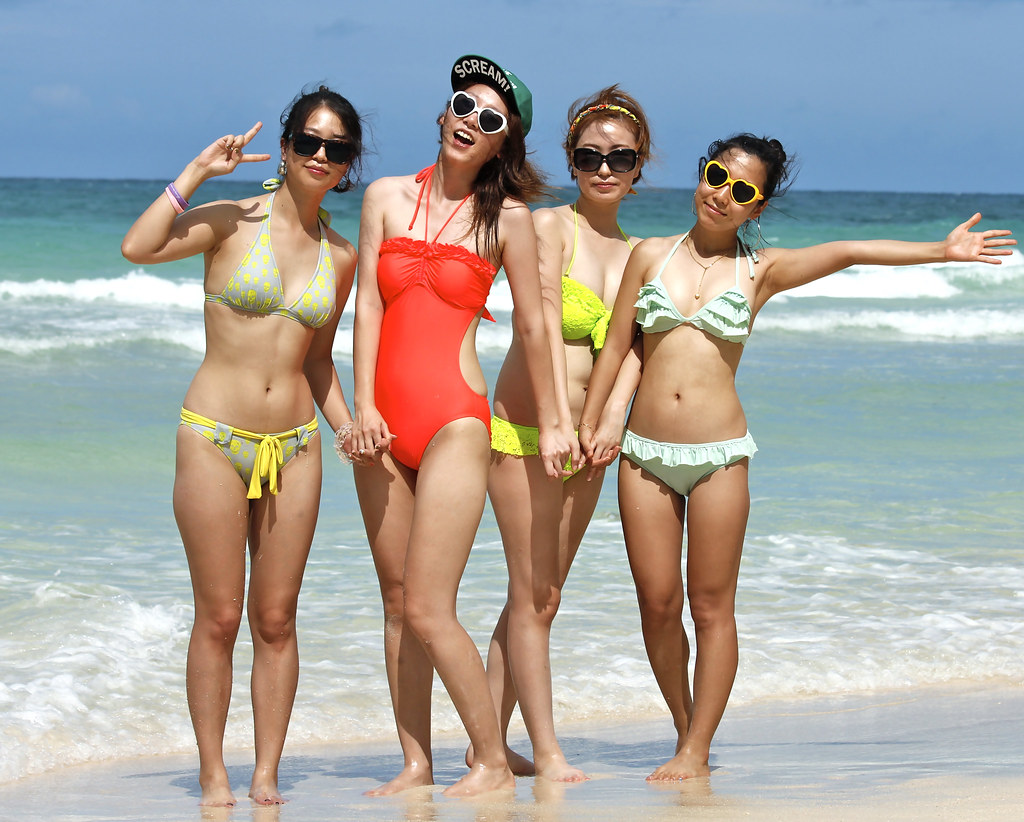 Super Sexy Korean Girls On Boracay Beach Wearing Bikinis -6683