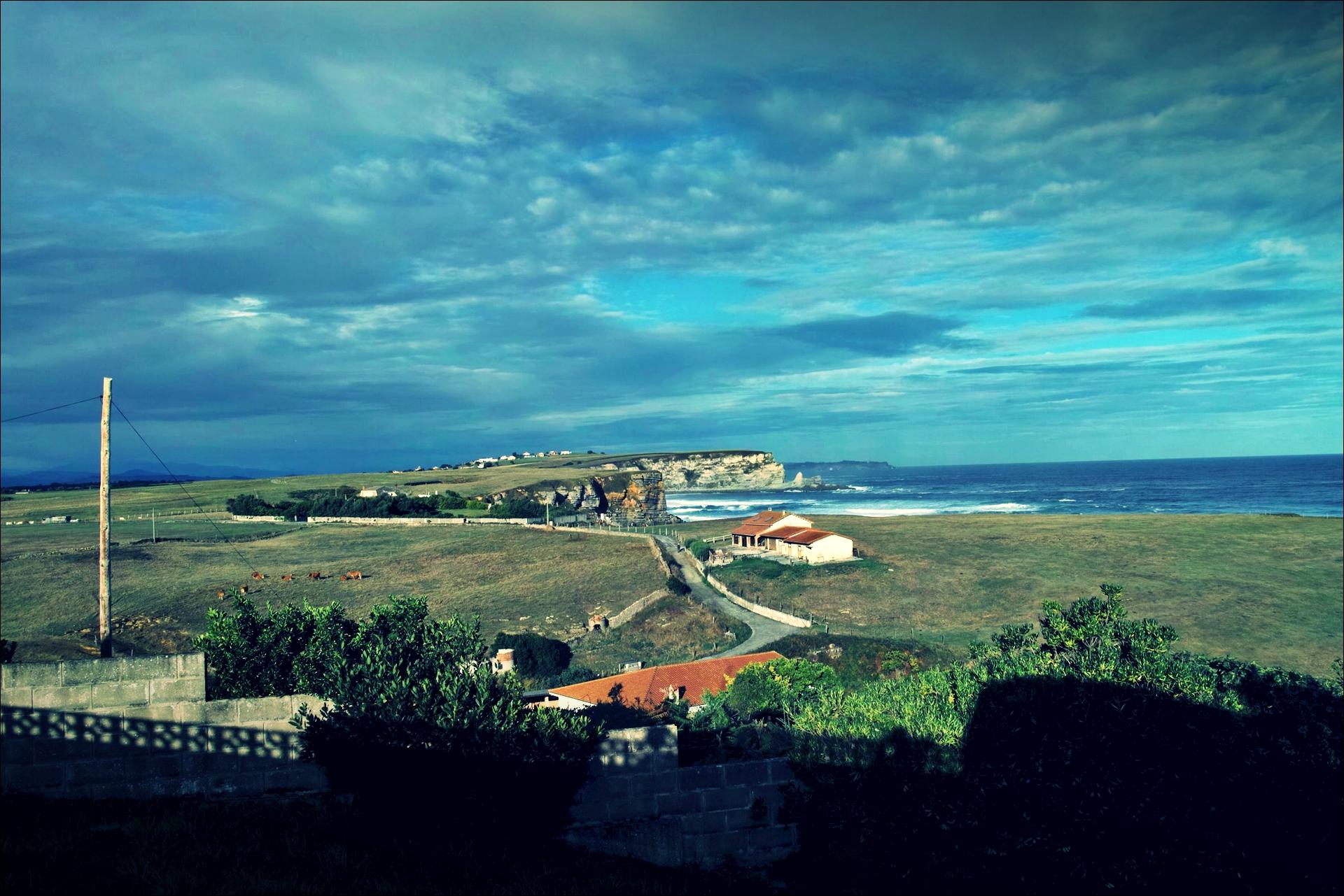 바닷가 마을-'카미노 데 산티아고 북쪽길. 궤메스에서 산탄데르. (Camino del Norte - Güemes to Santander)'