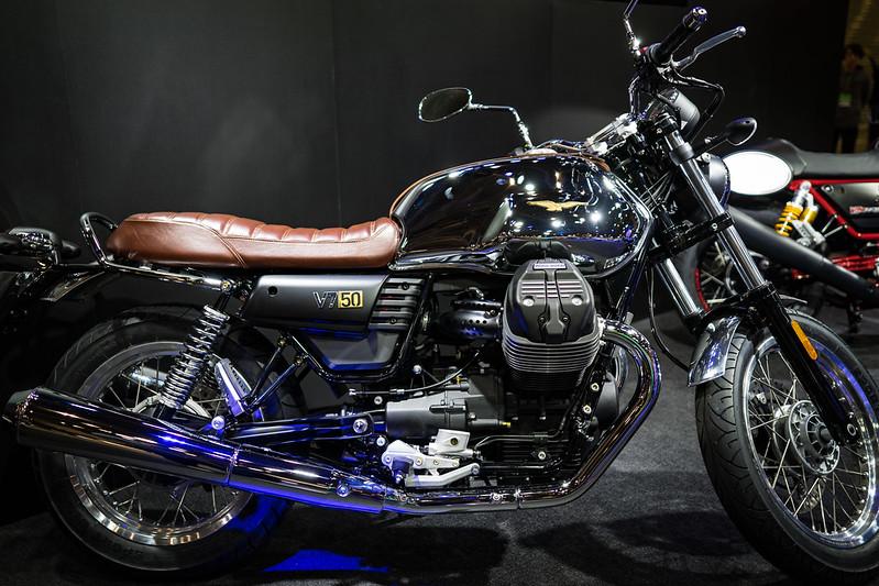 Tokyo MC Show 2017 : Moto Guzzi V7 III Anniversario 50th