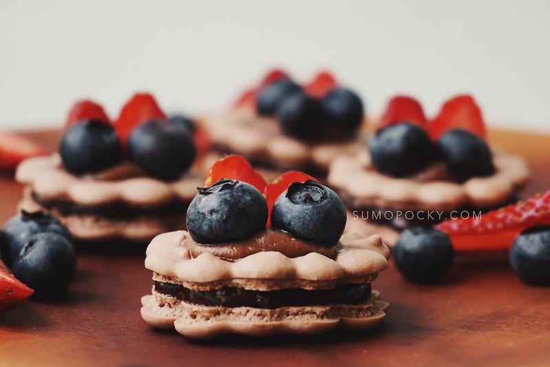 Macaron Fruit Tart