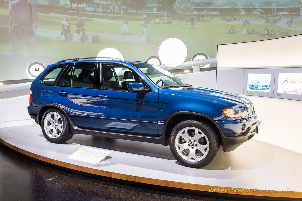 Bmw X5 1999 E53 While Modern Luxury Car Manufacturers Ar Flickr