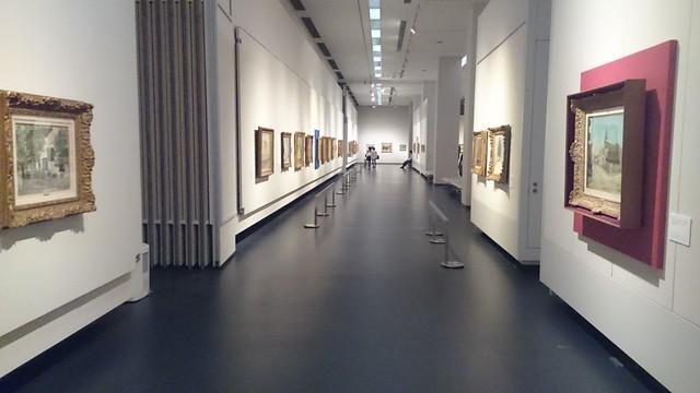 ユトリロの作品がずらり展示された姫路市立美術館の会場