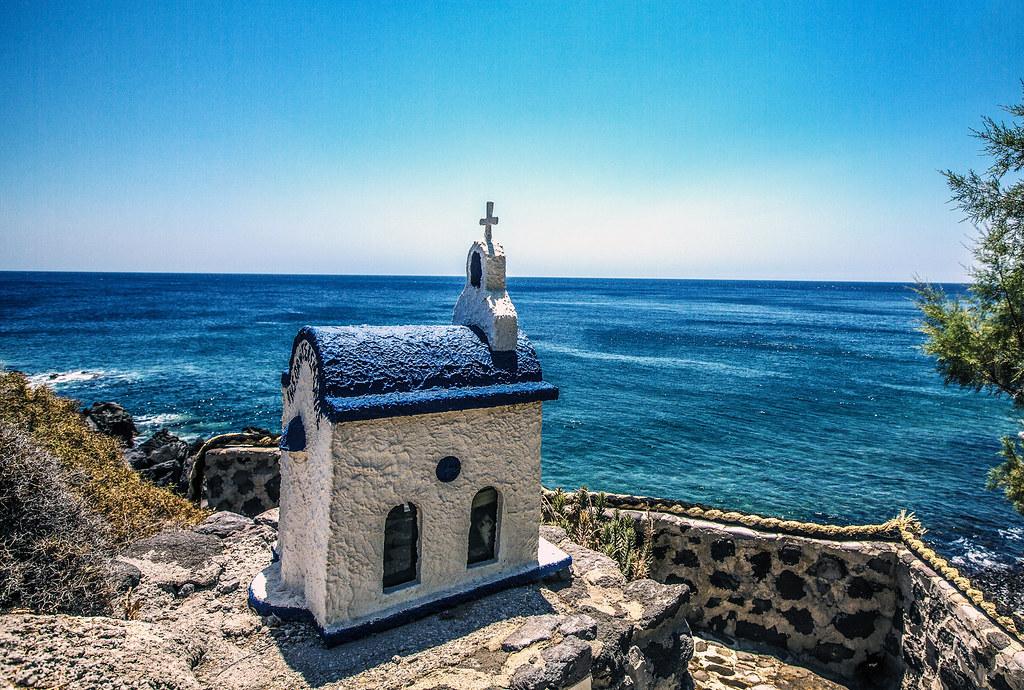 Traditional Greek House traditional greek house on the beach | © iztok alf kurnik, a… | flickr