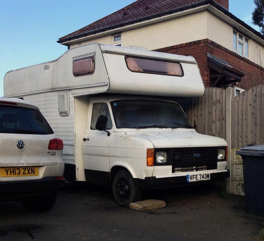 ford transit mk2 camper relatively solid looking mk2. Black Bedroom Furniture Sets. Home Design Ideas