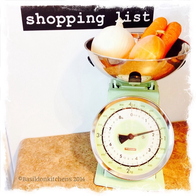 17/2/2014 - vegetable {this is all I could scrounge up today; time to go shopping} #fmsphotoaday #vegetable #onion #carrots #scale #kitchen #food #cooking