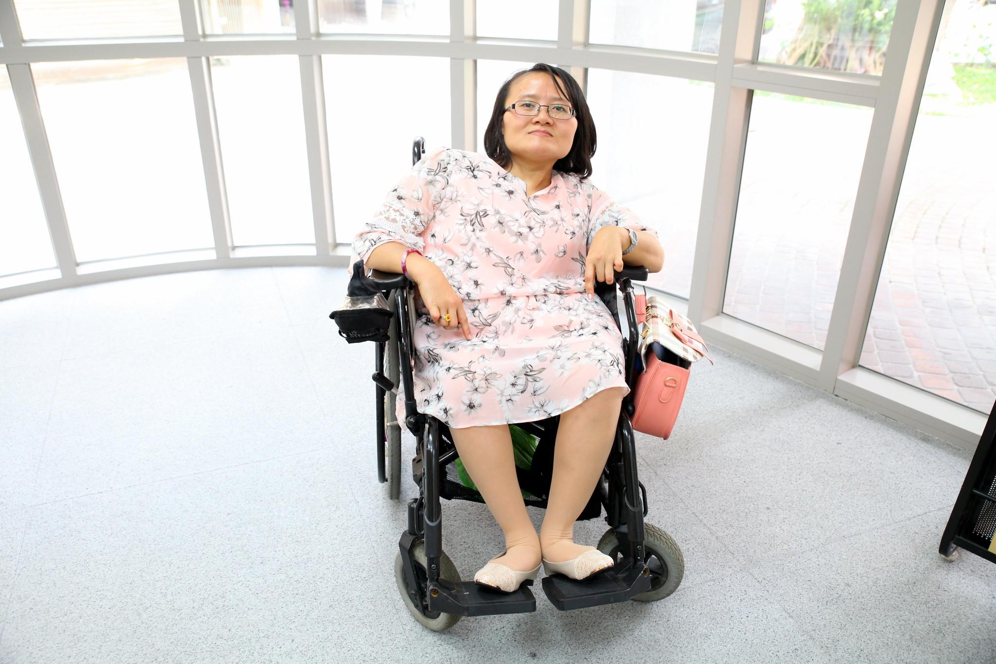 秀君強調身障者一定要有自己的工作能力,並且經濟獨立,才有可能活出自己想要的樣子。(攝影:陳逸婷)