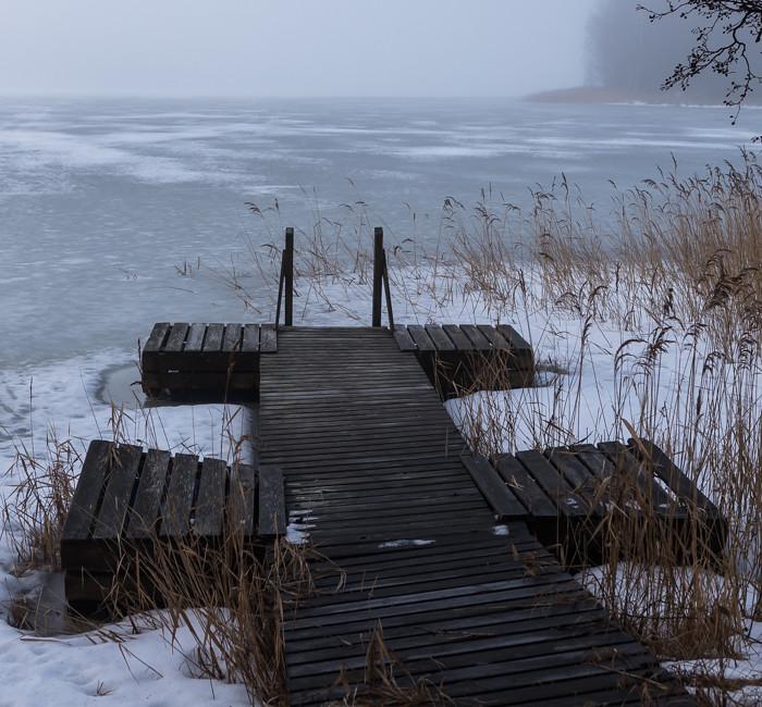 vanha piilaituri talvella