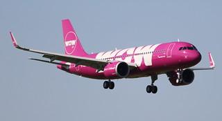 AIRBUS A320-251NEO WOW AIR TF-NEO MSN7560 (D-AUBC) A L'AEROPORT TOULOUSE-BLAGNAC LE  21 04 17