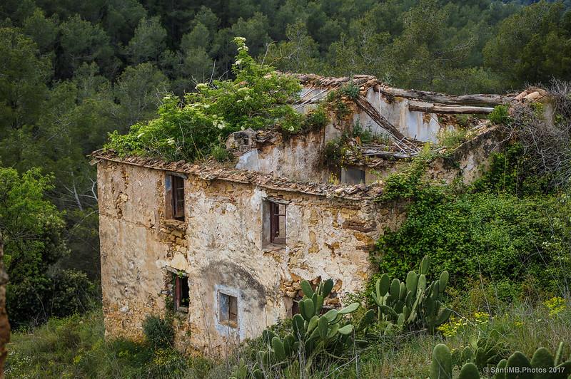 Una de las casas de más abajo de Marmellar