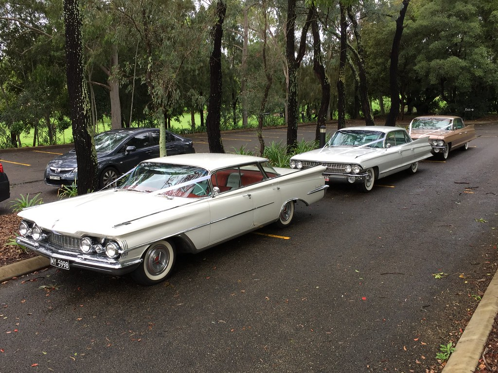1959 Oldsmobile Ninety Eight Holiday Sports And 1961 Cadil Flickr Cadillac Sedan Deville Series 62 Hardtop