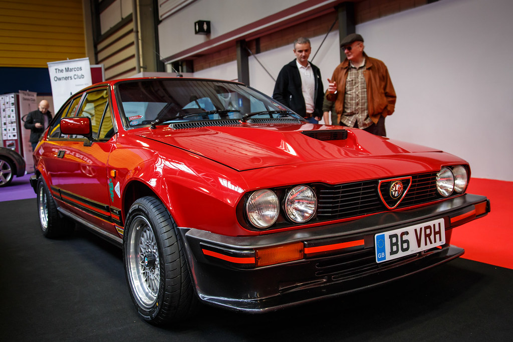 alfa romeo gtv red 1984 alfa romeo gtv 3 0 v6 i think b flickr. Black Bedroom Furniture Sets. Home Design Ideas