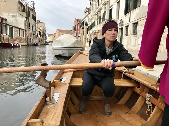learning-the-basics-row-venice-cr-ciutravel