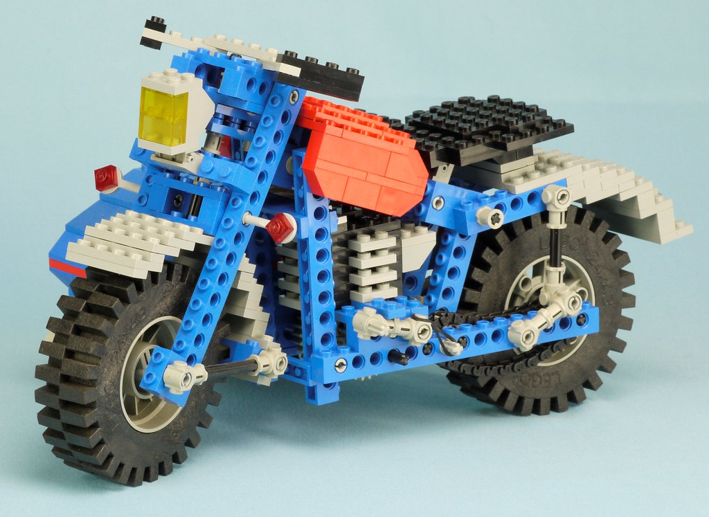 Throwback Thursday Technic 1978 79 Brickset Lego Set