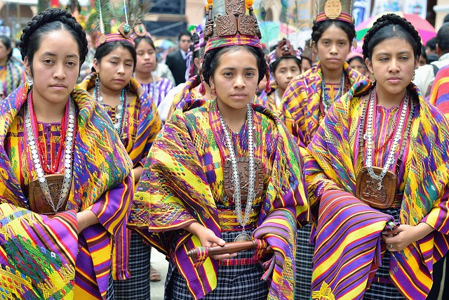 san juan sacatepequez divorced singles San juan sacatepÉquez,  these characteristically are relatively small, made of a single layer of cloth, and embroidered with large stitches on one side only.
