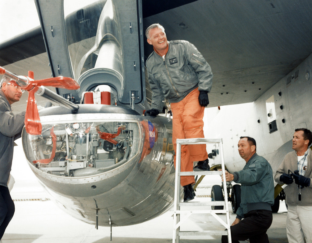 Pilot Milt Thompson and the M2-F2 Lifting Body   Jay L ...