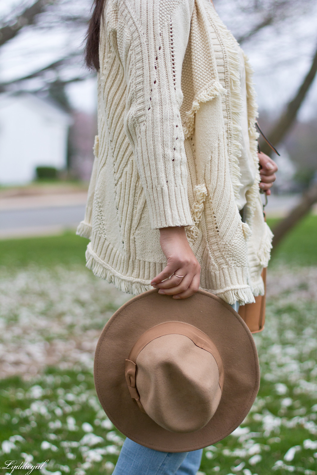fringe cardigan, distressed jeans, wool fedora-7.jpg