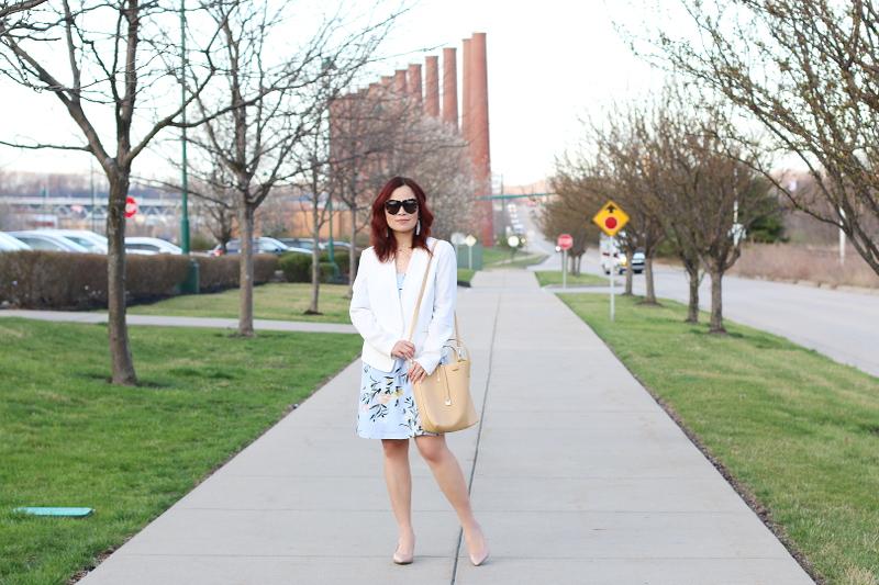 pastel-floral-dress-white-blazer-nude-pumps-neutral-bag-7
