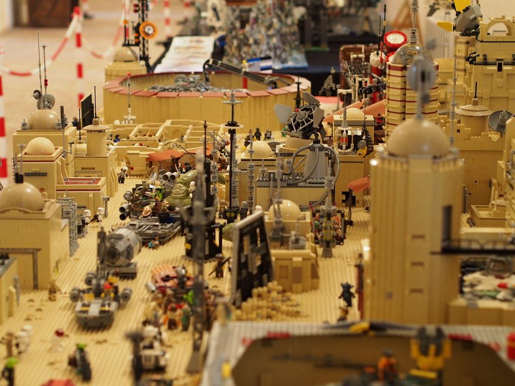 LEGO Star Wars - Σελίδα 3 33921420306_fd968cc927_b
