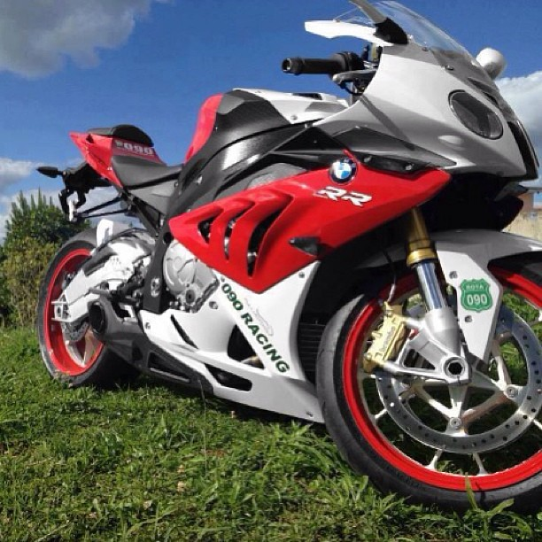 BMW S1000RR With A TaylorMade Exhaust Www.bikekings.net Me