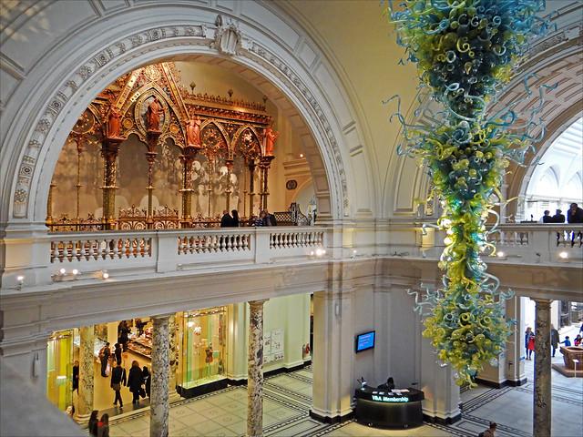 Foyer Museum Victoria : Le hall d entrée du victoria and albert museum londres