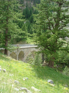 123 tussenstop bij brug met waterval